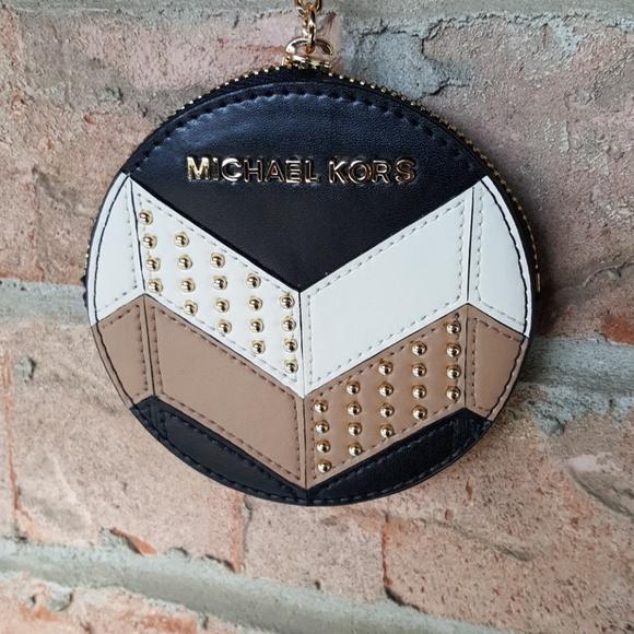 Michael Kors Bags   Key Charms Mini Canteen Coin Purse   Poshmark 9f192cc5e5